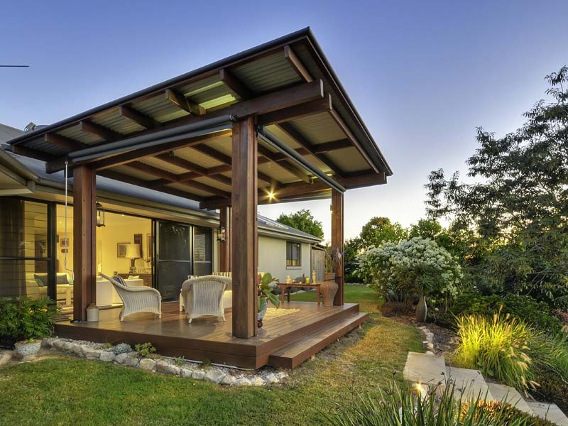 Retrofit at pullenvale sustainable design construct for Green home design